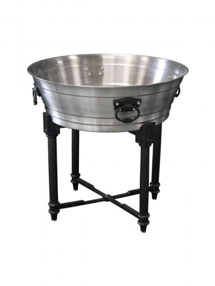 galvanized tub with stand.jpg